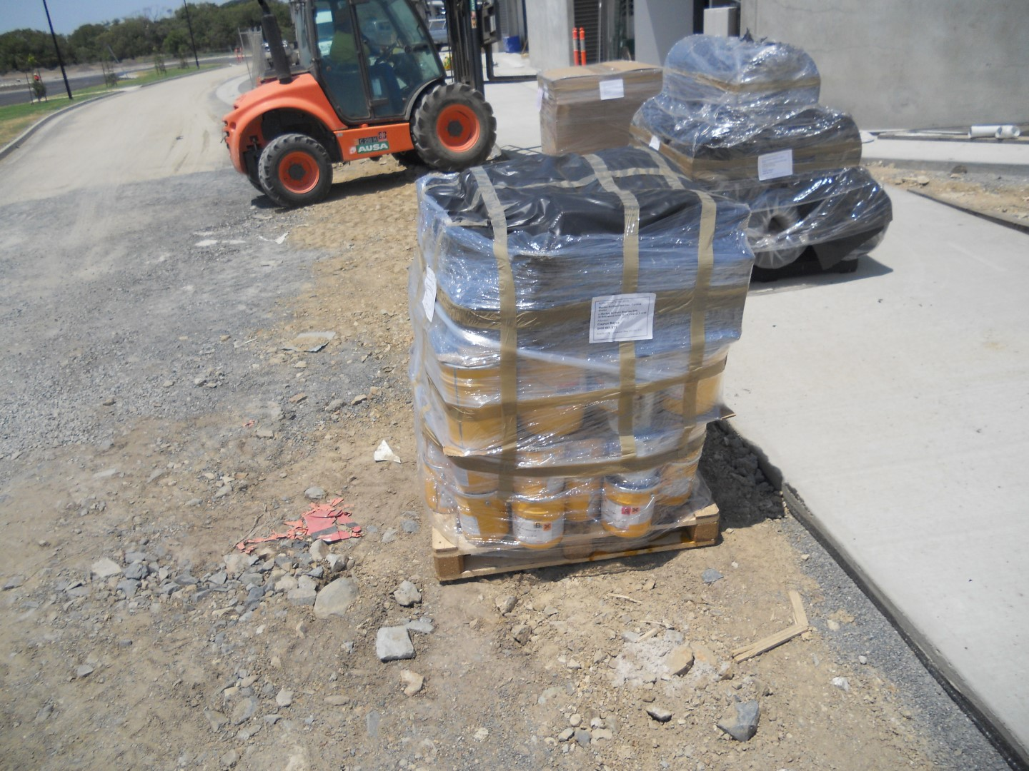 Small pallet load