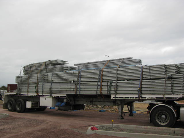 Thin metal pipe delivery
